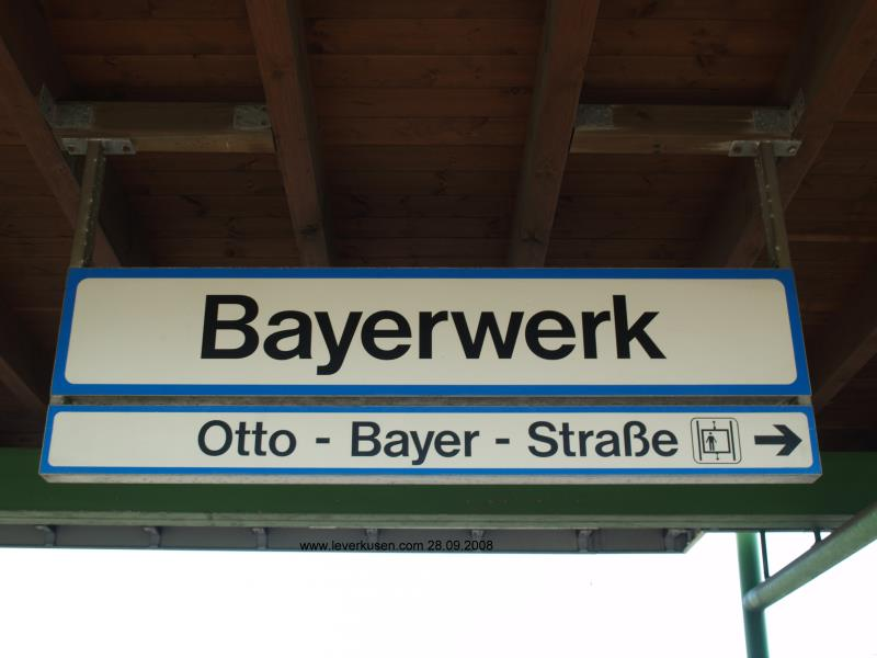 Otto-Bayer-Str., Schild