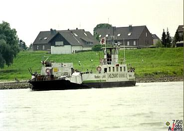 Rheinfähre Hitdorf