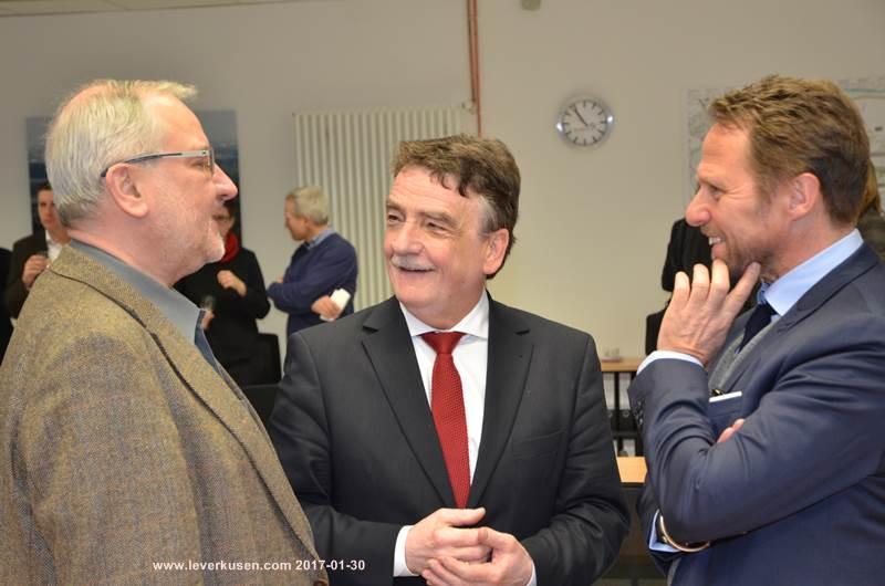 Leverkusen bild ippolito groschek und richrath for Peter ippolito
